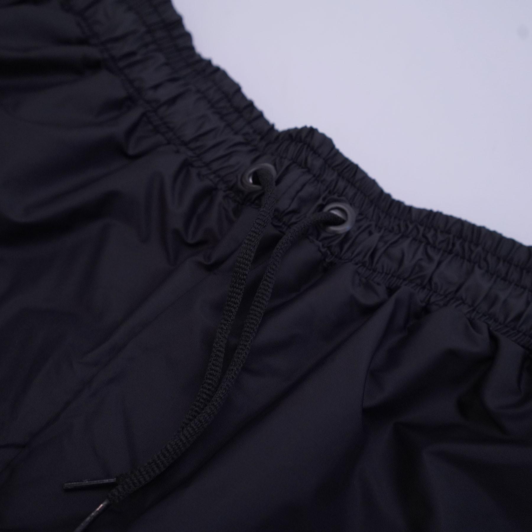 Lightweight_Track_Pants_Logo_Black_Blue