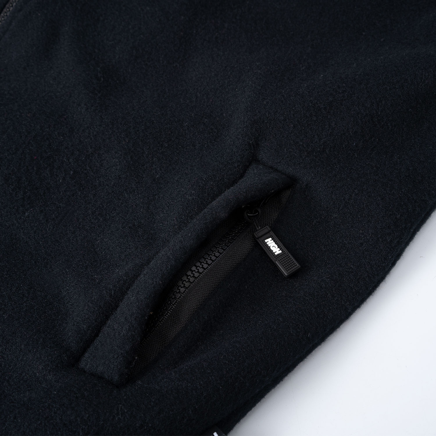 Fleece_Vest_Logo_Black