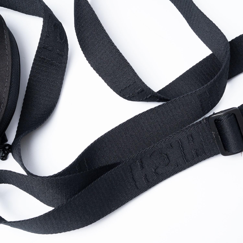 Shoulder_Bag_Label_Black