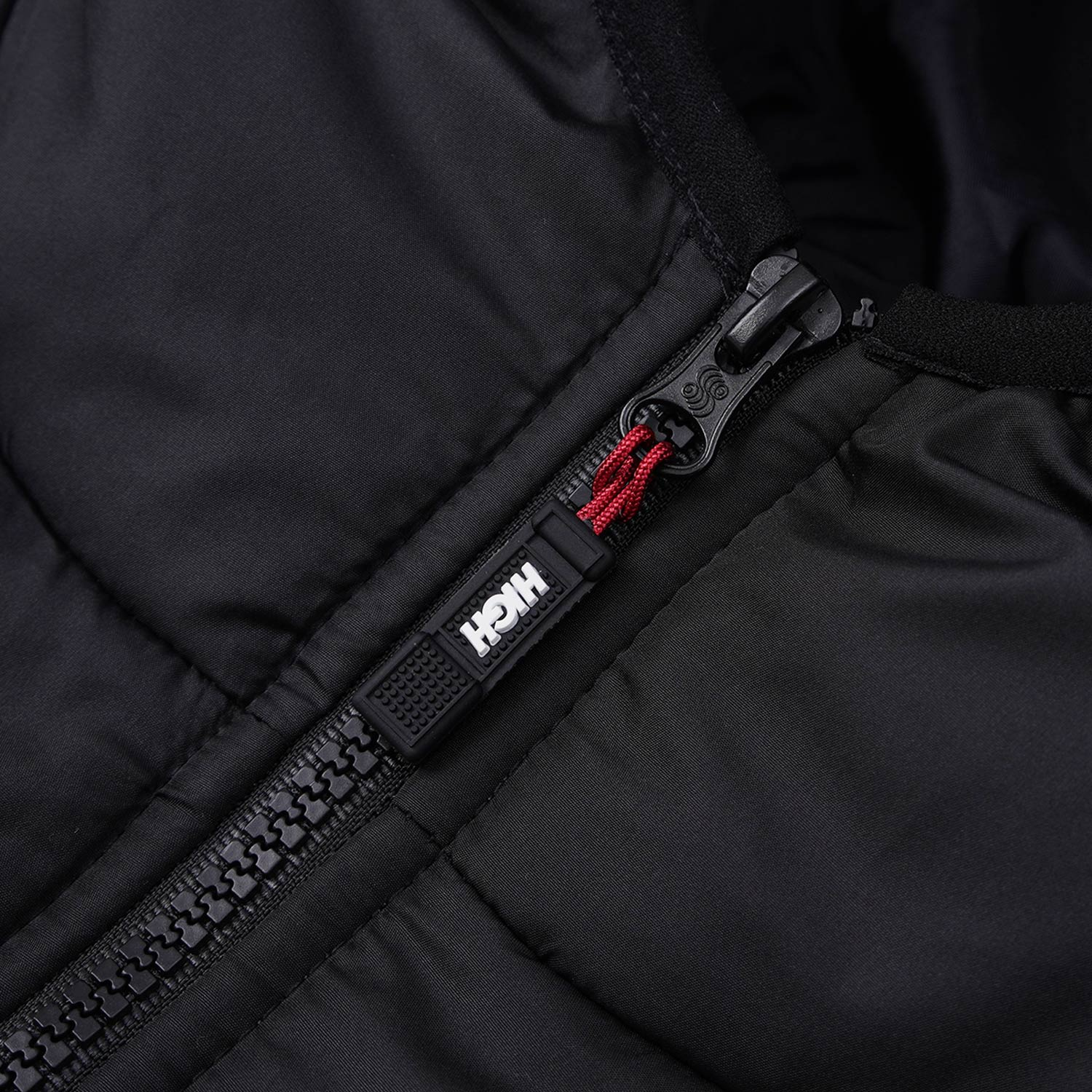 Puffer_Jacket_Logo_Black