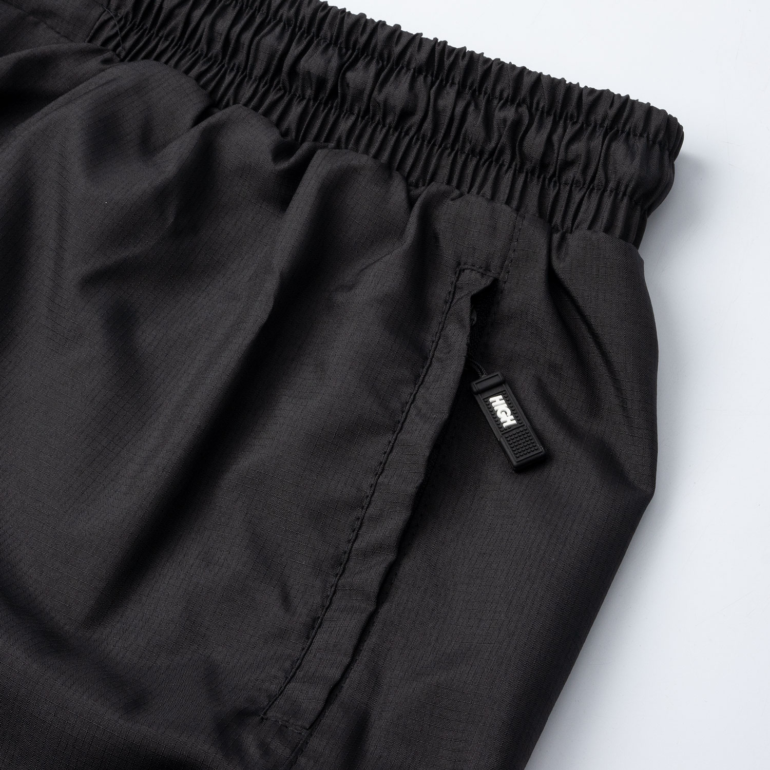 Adjustable_Running_Shorts_Black