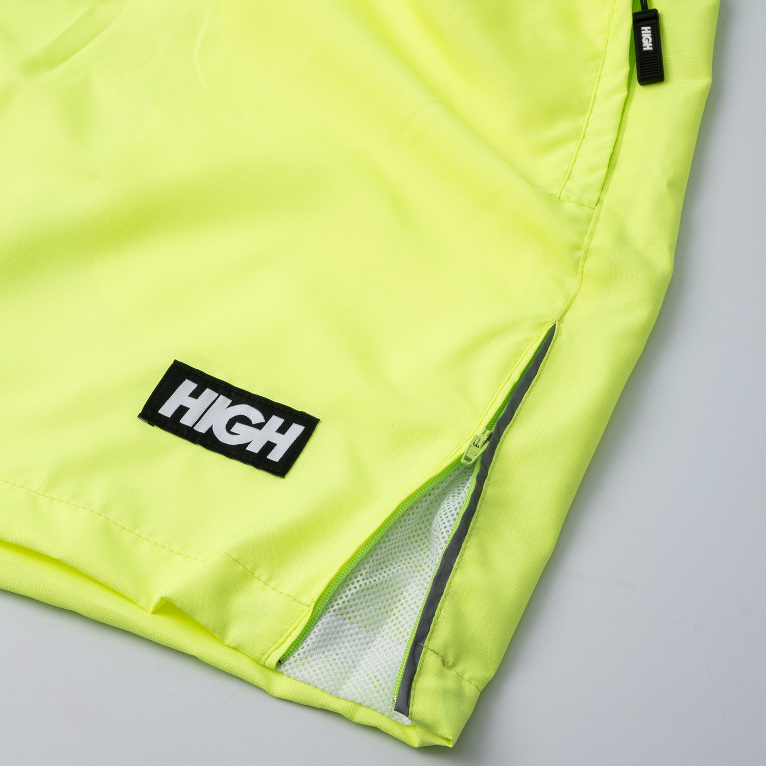 Adjustable_Running_Shorts_Lime