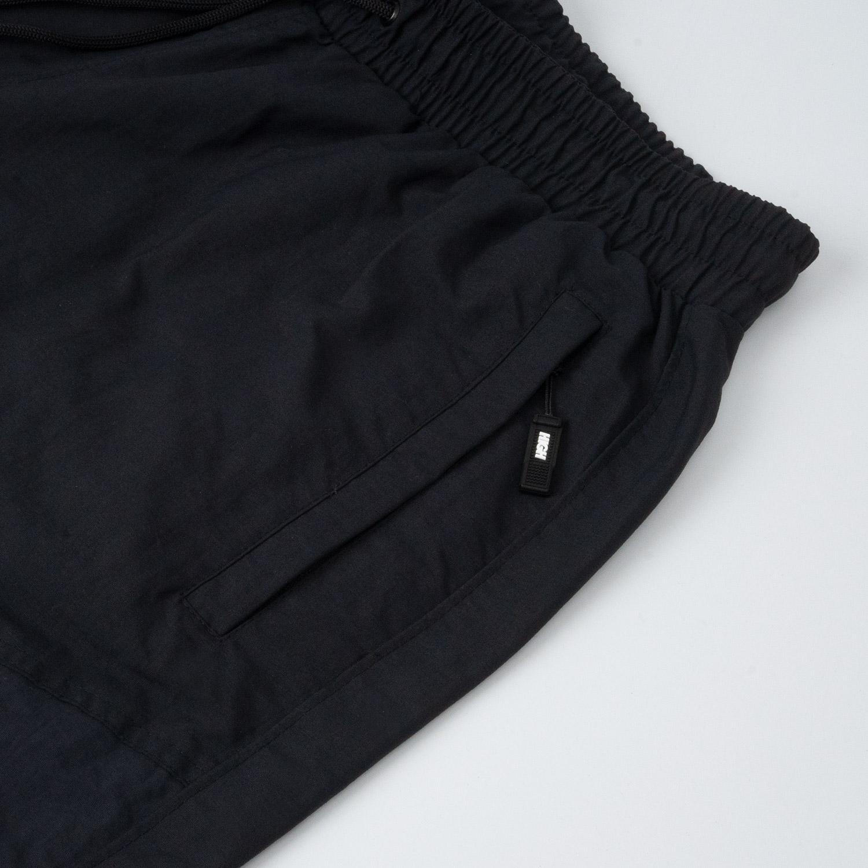 Track_Pants_Diagonal_Black
